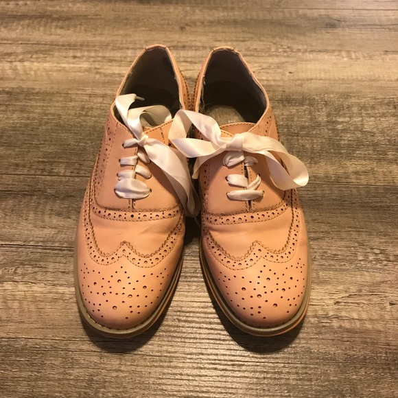 Wanted Shoes | Babe Oxfords | Poshmark
